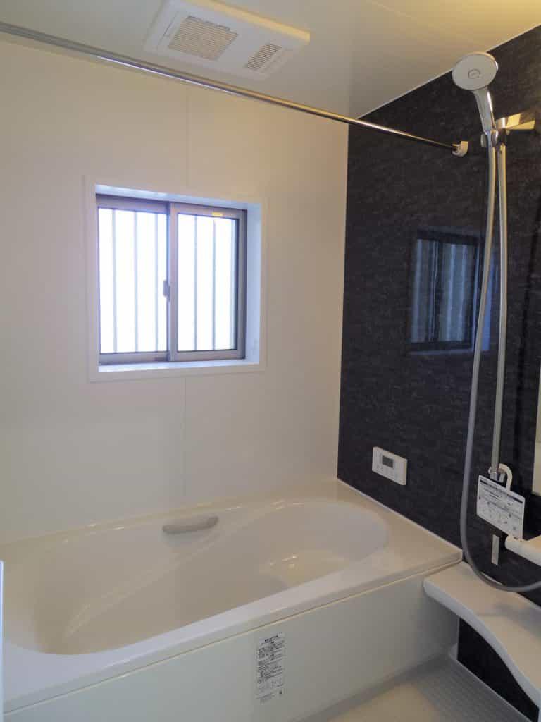 バスルーム 換気乾燥暖房機付き